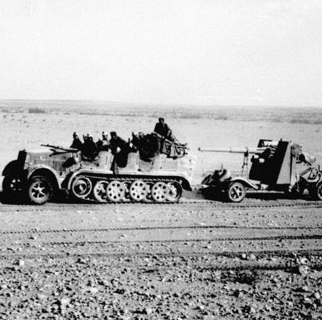 火砲牽引、兵員輸送、そして自走砲化までされた非装甲ハーフトラックの系譜