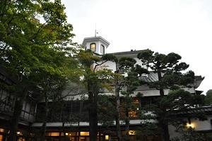 伊豆修善寺「新井旅館」で宿と町の歴史を学ぶ