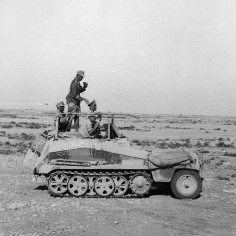「砂漠のキツネ」ロンメルも愛用した軽ハーフトラックSd.Kfz.250