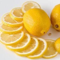レモンは冬が旬!血圧、骨密度にも効果アリ!<br />