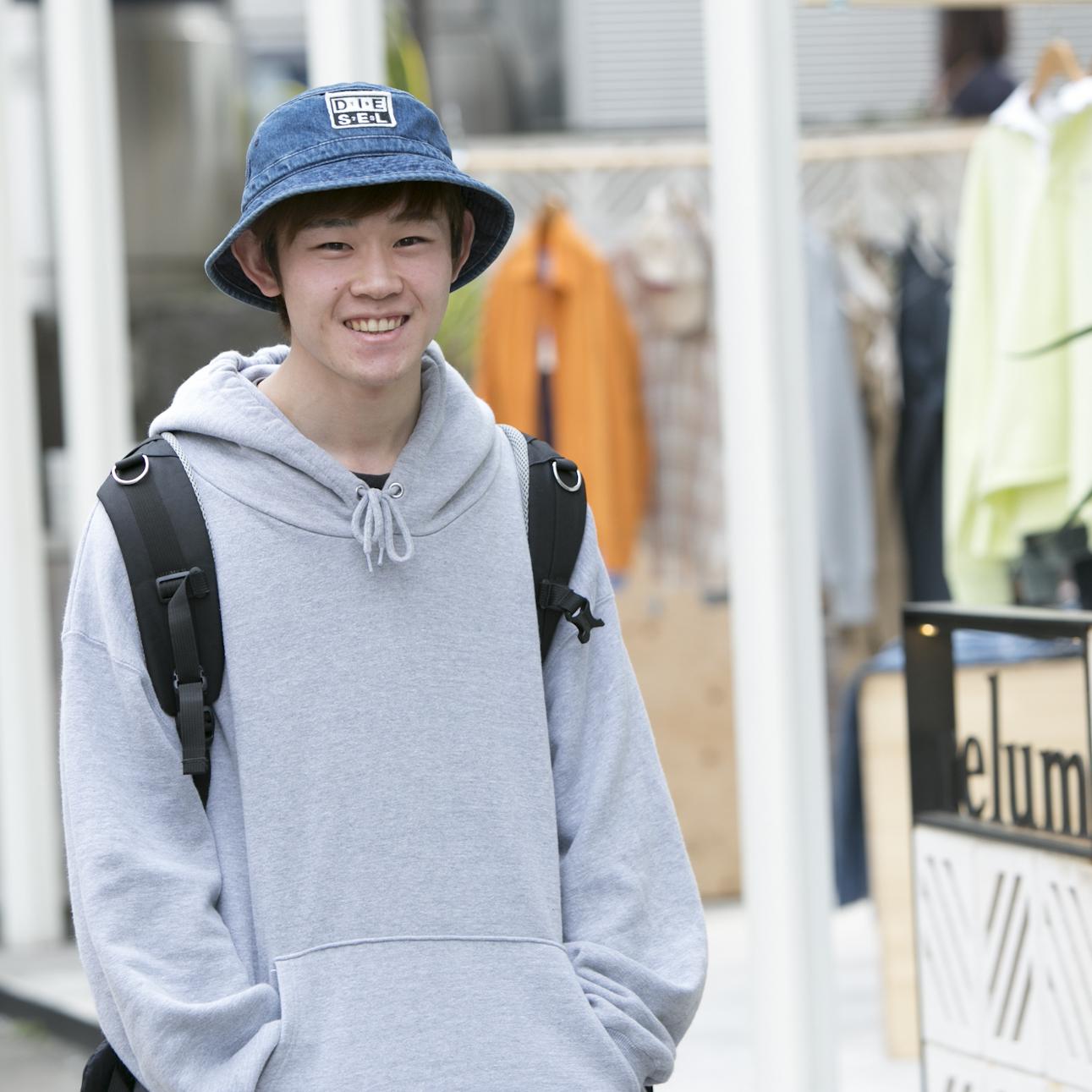 22歳・尚人「趣味に使えるお金はほとんど服に使ってます」【18-22 SNAP #005】