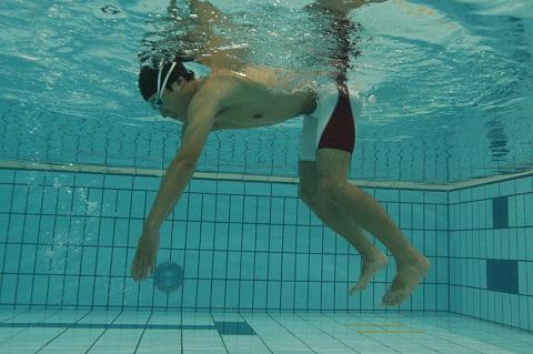 水中運動で寝ていた筋肉が目覚めます!