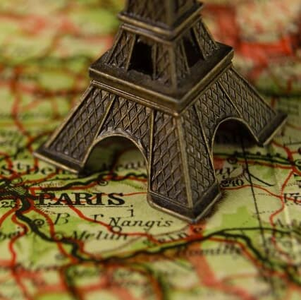 《美食バカ一代》単なるガイドブックの枠を超えた世界の『美味しんぼ』が世紀末のフランスに生まれた理由は?【ミシュラン完全制覇への道】