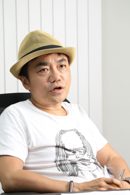 """水道橋博士  「一番子供っぽい""""54歳児""""」親子でボケ・ツッコミの日々"""