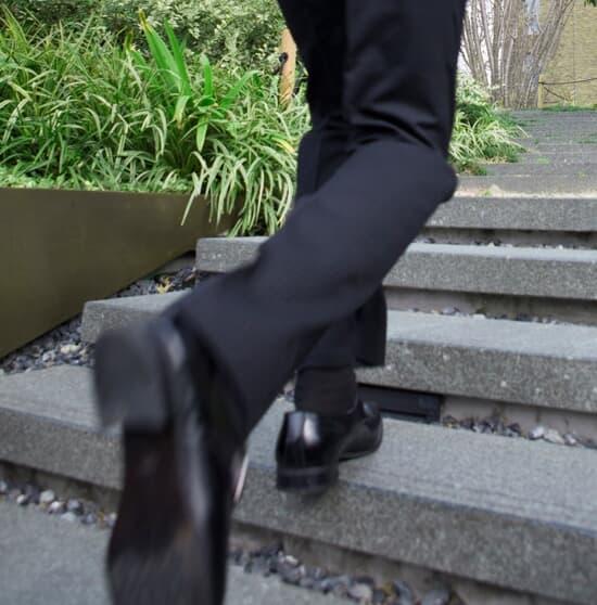 一日20分の早歩きで充分!激しいスポーツよりも「中強度」の運動で寿命は延びる
